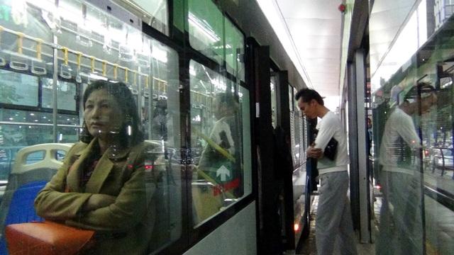 Hành khách được đi xe buýt nhanh miễn phí đến hết tháng 1/2017
