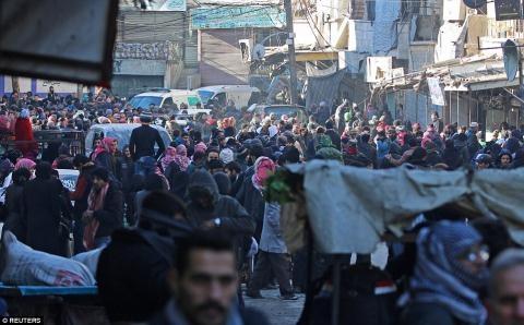 Nửa vạn phiến quân rời Aleppo cùng tuyên bố của Putin - 7