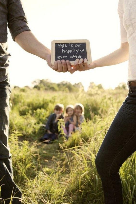 Hạnh phúc gia đình và niềm tự hào của bố mẹ có thể dễ dàng thể hiện qua các bức ảnh.