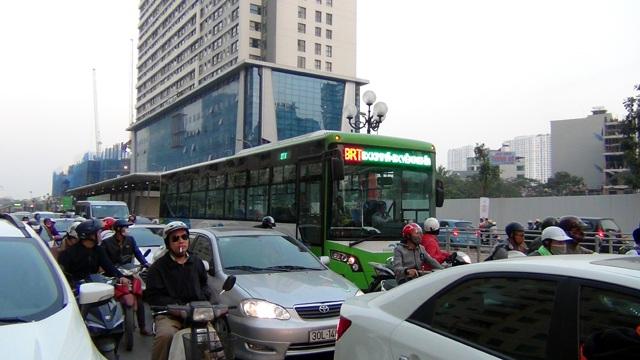 Xe buýt nhanh BRT bắt đầu vận hành chính thức kể từ ngày 31/12/2016