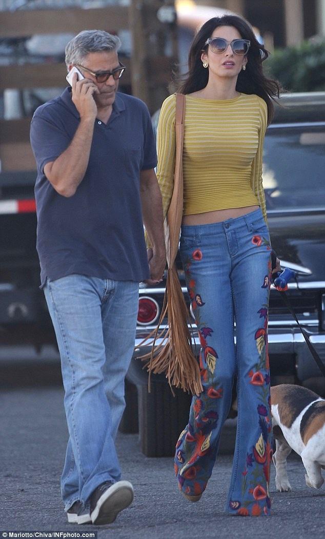 Nữ luật sư Amal Clooney tới thăm chồng George Clooney tại trường quay phim mới của anh ở Los Angeles