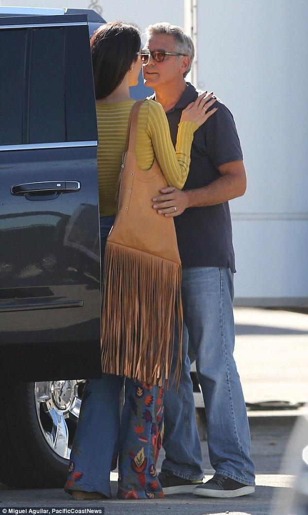 Clooney và vợ kém 17 tuổi Alamuddin kết hôn vào tháng 9/2014. Đây là lần thứ 2 tài tử đầu bạc lên xe hoa