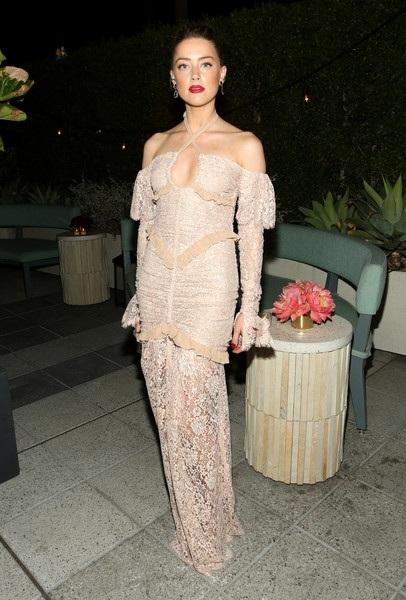Amber Heard dự sự kiện toàn ngôi sao tham dự do tạp chí Glamour tổ chức tại Los Angeles, California, Mỹ ngày 14/11 vừa qua