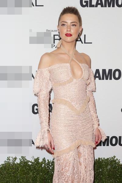 Nữ diễn viên tóc vàng chưa nhận lời tham gia bất cứ bộ phim nào trong thời gian này.