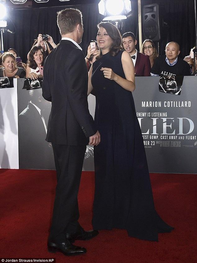Nam diễn viên tài danh chia sẻ khi dự công chiếu phim rằng, anh rất cảm kích vì mọi người đã có mặt và động viên, cổ vũ anh