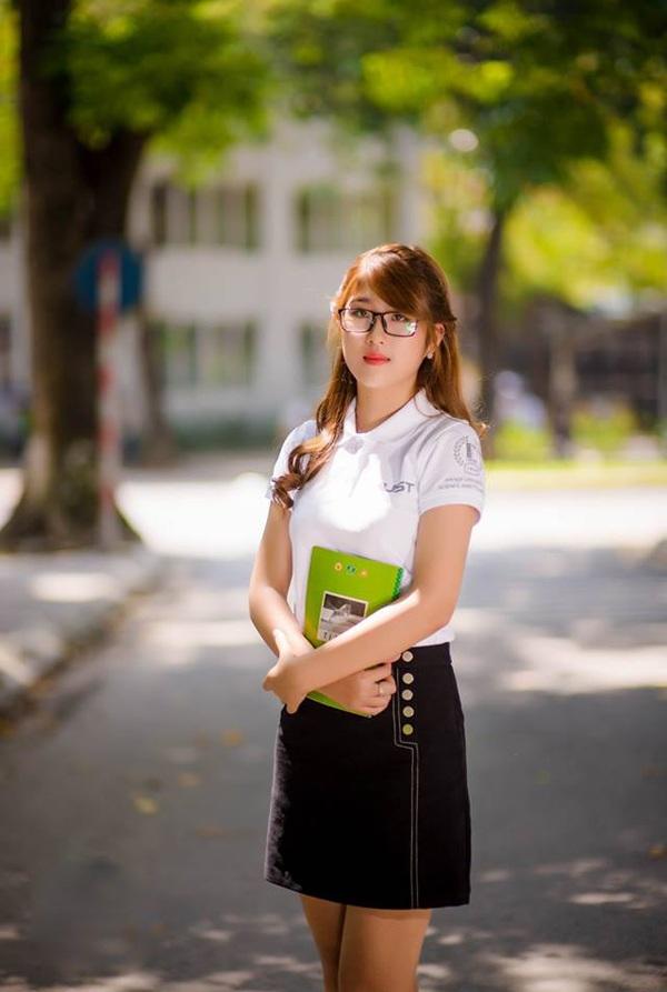 Nguyễn Thị Thanh Tâm là Cán bộ Đoàn xuất sắc 2015, giấy khen Cán bộ đoàn có thành tích xuất sắc trong học tập của Hiệu trưởng trường ĐHBK HN