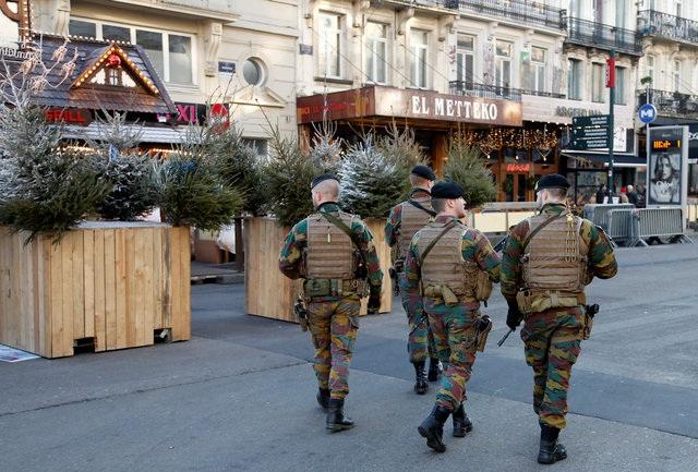Cảnh sát đi tuần ở Brussels, Bỉ (Ảnh: Reuters)