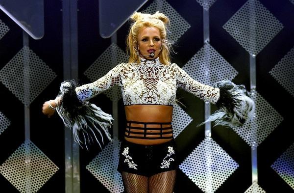 Britney Spears từng trải qua 2 cuộc hôn nhân thất bại và có 2 cauạ con trai với người chồng thứ 2 là Kevin Federline