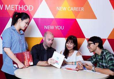 Thất nghiệp không phải thiếu kinh nghiệm mà là thiếu tiếng Anh, thiếu kỹ năng mềm.