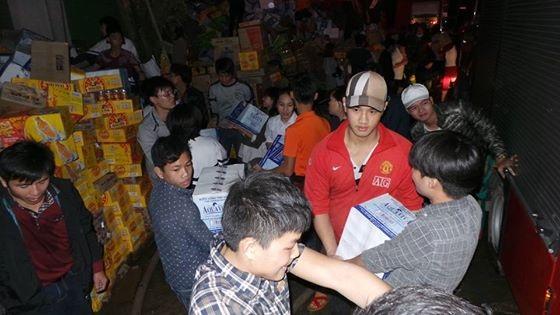 Hà Nội: Cháy dữ dội tại kho hàng của nhiều công ty - 12