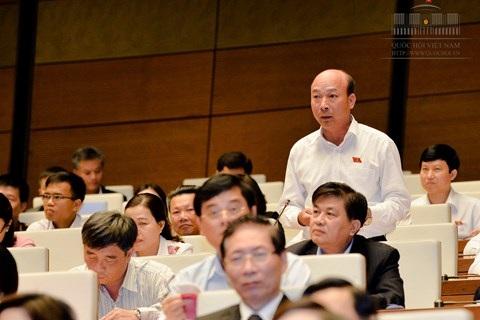 ĐBQH Lê Minh Chuẩn - tỉnh Quảng Ninh chất vấn Bộ trưởng Bộ Giáo dục và Đào tạo