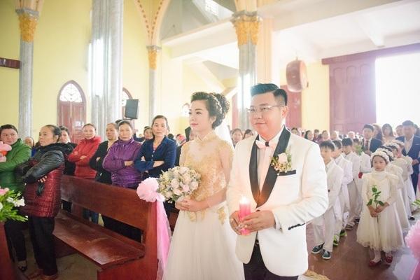 7 đám cưới gây xôn xao cộng đồng mạng năm 2016 - 3