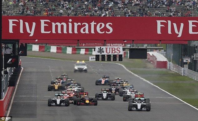 Nico Rosberg có chiến thắng chặng thứ 9, Mercedes vô địch F1 2016 - 3
