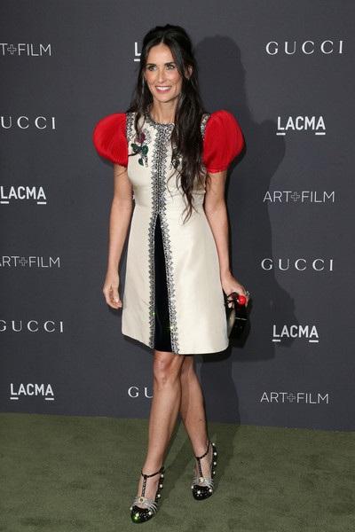Demi Moore quyến rũ và trẻ trung khi tham dự sự kiện ở Los Angeles, Mỹ, ngày 30/10.