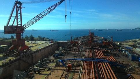 Nhà máy Đóng tàu Dung Quất tưởng đã hồi sinh nhờ PVN ra tay hỗ trợ, nhưng hoá ra, không phải như vậy