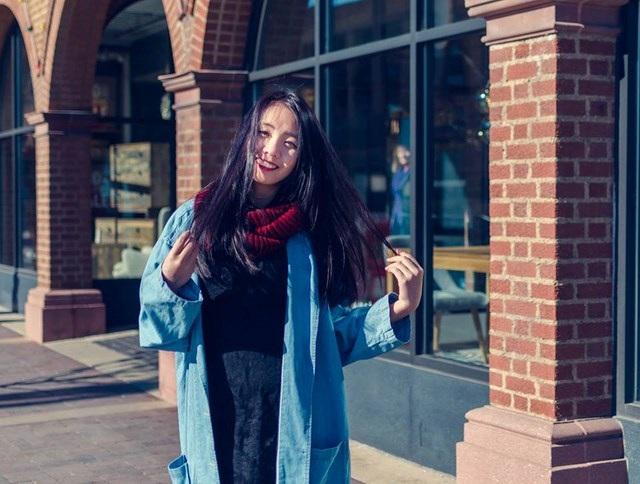 """Với Linh, du học Mỹ là """"chuyển từ nơi mà mọi người đều sẵn sàng giúp đỡ từ A đến Z, sang một môi trường mà không biết nhờ tới sự giúp đỡ từ ai cả. Tất cả đều phải tự lực...""""."""