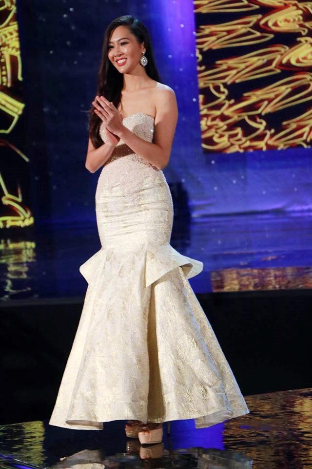 Diệu Ngọc tham gia phần thi Trình diễn thời trang của Hoa hậu Thế giới 2016.