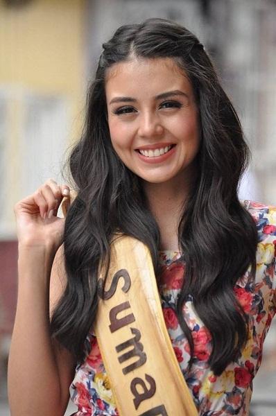 Người đẹp Colombia – Michelle Gómez, 24 tuổi, cao 1,81m