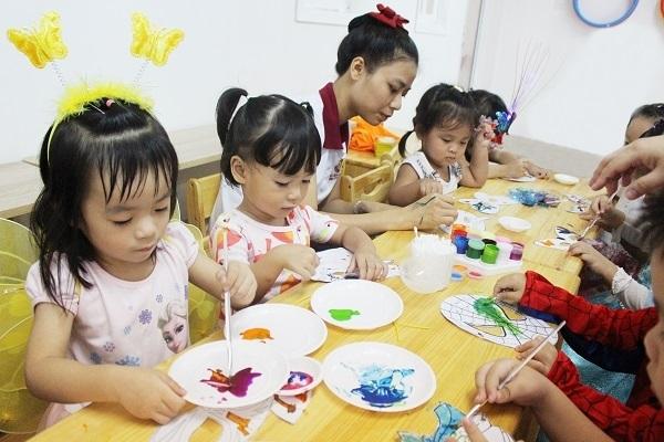 Bên cạnh chương trình học, trẻ còn được tham gia vào nhiều hoạt động ngoại khóa bổ ích.