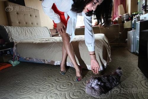 Hot girl kiếm bộn tiền nhờ làm HLV cho giới nhà giàu - 10