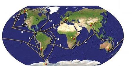 Bản đồ thể hiện hơn 100.000 hải lý hai vợ chồng đã đi trong suốt 16 năm