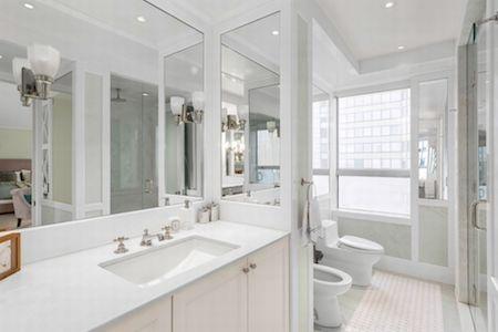Phòng tắm cực kỳ xa hoa…