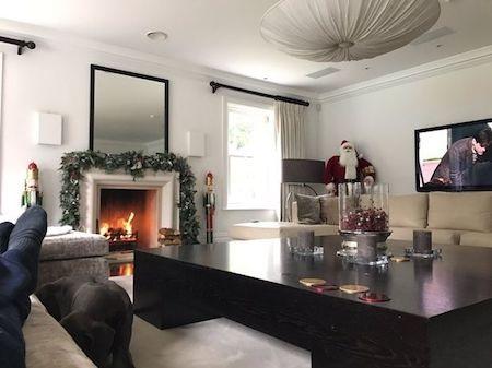 Ngôi nhà của thành viên nhóm One Direction đã ngập tràn không khí Giáng sinh
