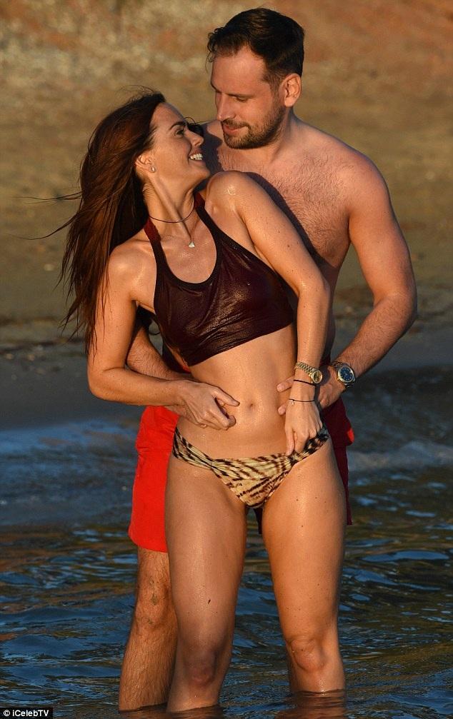 Nữ diễn viên 34 tuổi hạnh phúc bên bạn trai kém 3 tuổi Greg Lake
