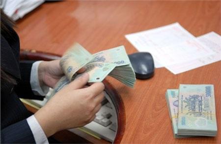 Hội đồng quản trị (HĐQT) BIDV bất ngờ thông qua phương án trả cổ tức bằng tiền mặt, theo đó ngân hàng này sẽ phải chi 2.700 tỷ đồng trả cổ tức cho Bộ Tài chính (ảnh minh họa).