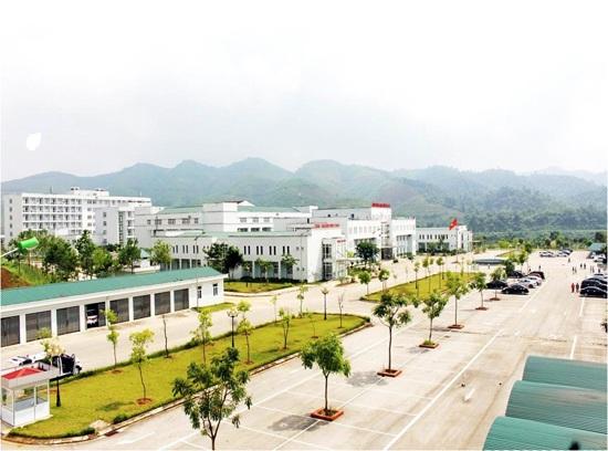 """Cơ sở vật chất khang trang, thu nhập khoảng 18 triệu đồng/tháng nhưng một số bác sĩ Bệnh viện đa khoa tỉnh Lào Cai vẫn """"nhảy việc"""". Ảnh: Do Bệnh viện cung cấp"""