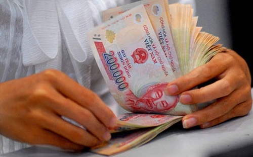 Lương tối thiểu vùng năm 2017 cao hơn mức lương tối thiểu hiện nay từ 180.000-250.000 đồng/tháng.