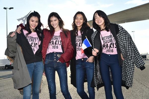4 cô gái Châu Á được trình diễn cho Victorias Secret Fashion Show 2016 - Ming Xi, Sui He, Liu Wen và Xiao Wen Ju