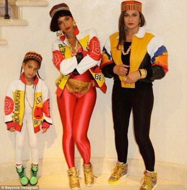 Beyoncé Knowles cùng mẹ Tina Lawson và con gái