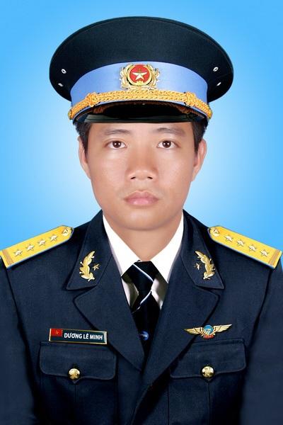 Đại uý Dương Lê Minh, Giáo viên bay.