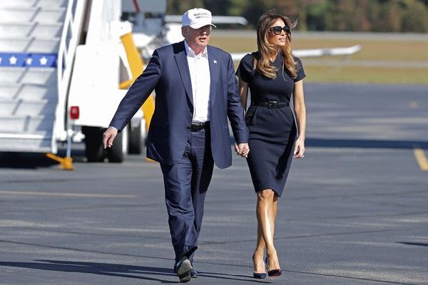 Melania Trump - người vợ thứ 3 của tỷ phú Donald Trump là người mẫu gốc Slovenia. Cô kết hôn với Donald vào năm 2005 và sinh cho ông 1 cậu con trai năm nay 10 tuổi