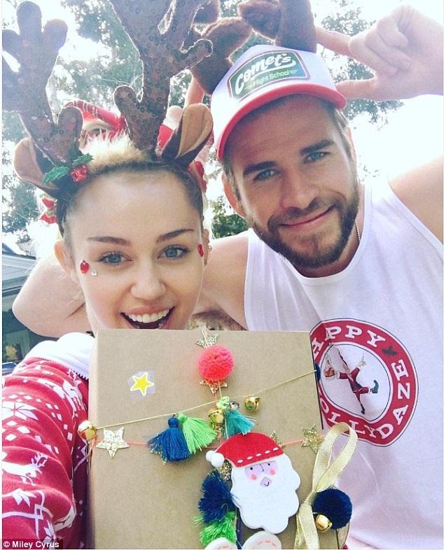 Miley và Liam đang rất hạnh phúc bên nhau sau 1 năm hàn gắn tình cảm.