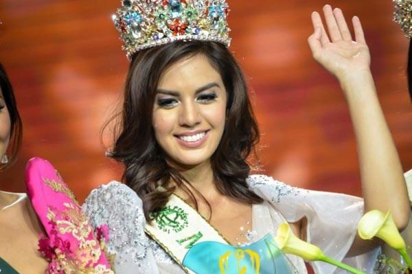 Imelda Schweighart - Hoa hậu trái đất Philippines 2016 đã trượt top 16 của cuộc thi Hoa hậu trái đất 2016.
