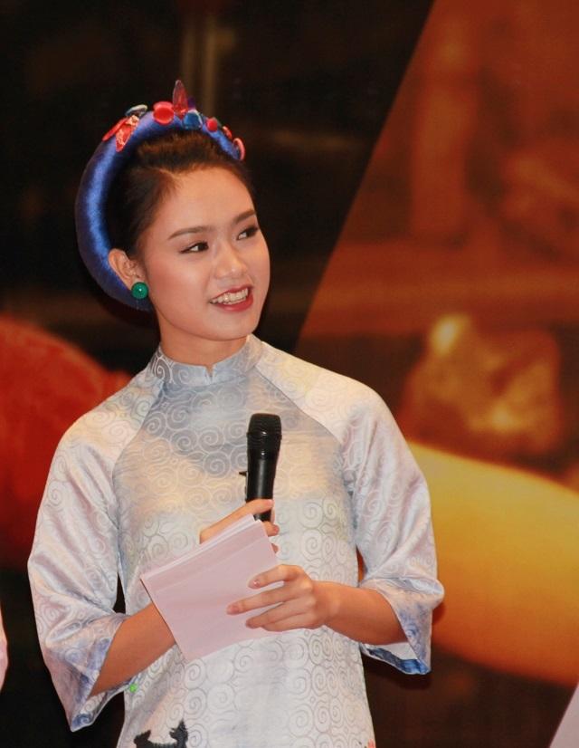 Vân từng được tuyển thẳng vào Đại học Ngoại thương Hà Nội.