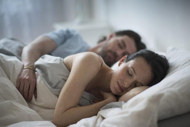 Nam giới khó ngăn chặn ký ức tiêu cực sau khi ngủ hơn là trước khi ngủ.