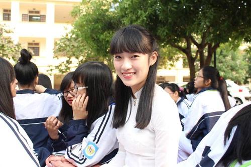 Khánh Vy hiện là sinh viên lớp chất lượng cao trường Học viện Ngoại giao, Hà Nội
