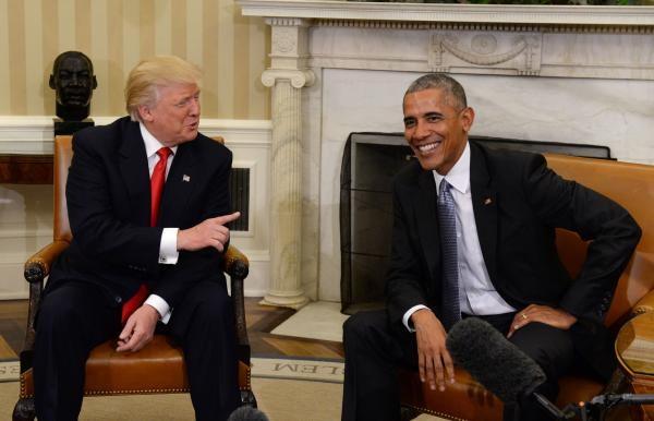 Tổng thống Mỹ Barack Obama (phải) và Tổng thống đắc cử Donald Trump. (Ảnh: Reuters)