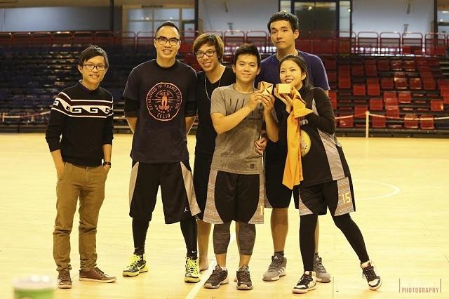 Đội PBT8 đạt giải nhì.