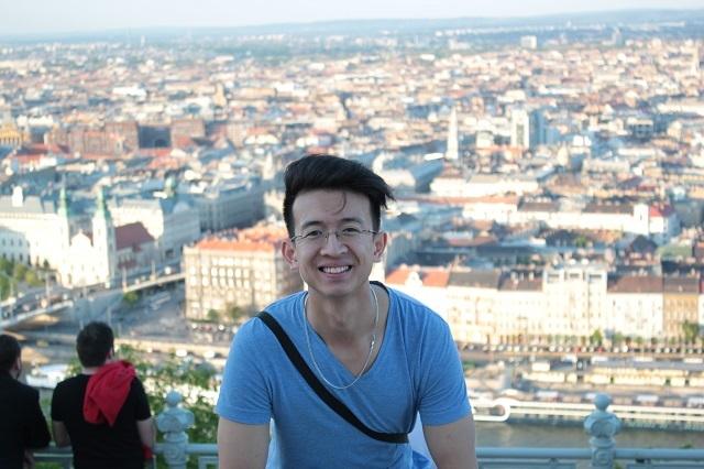 Phan Linh tại thủ đô Budapest của Hungary.