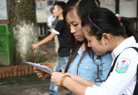 Đề thi minh họa môn Toán THPT quốc gia dành nhiều kiến thức cho tốt nghiệp nhiều hơn xét tuyển ĐH