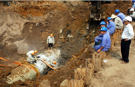 Đường ống nước sạch sông Đà gặp sự cố lần thứ 20 - 1