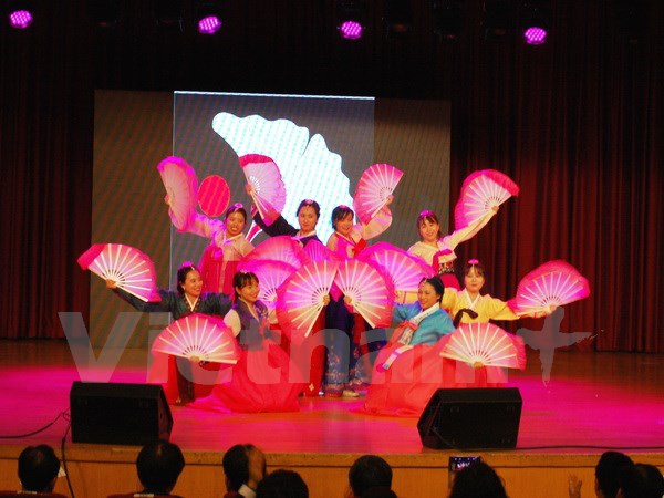 Sôi động Ngày Sinh viên Việt Nam tại Hàn Quốc lần thứ 12 - 1