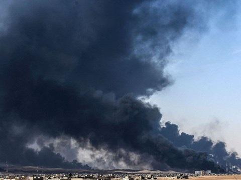 IS thực hiện chiến dịch tiêu thổ, đốt nhiều giếng dầu