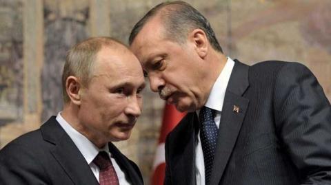 Sự tâm đầu ý hợp giữa Putin và Erdogan đang khiến cho NATO rạn nứt. Ảnh: RT.com