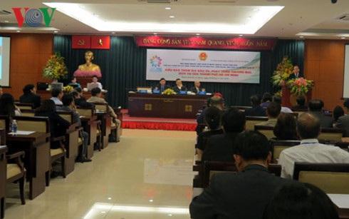 """Đại biểu kiều bào tham dự chuyên đề """"Kiều bào tham gia đầu tư, phát triển thương mại, dịch vụ của thành phố Hồ Chí Minh"""""""