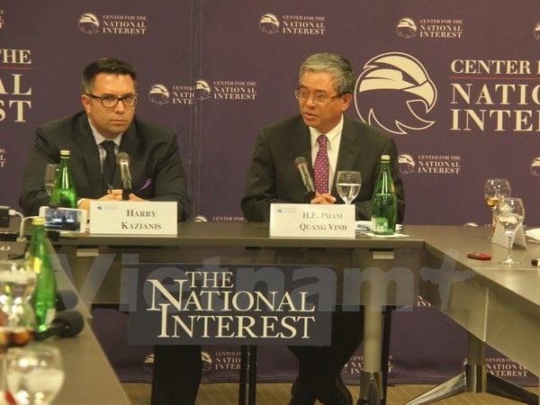 Đại sứ Việt Nam tại Hoa Kỳ Phạm Quang Vinh tại buổi nói chuyện. (Ảnh: Đoàn Hùng/Vietnam+)